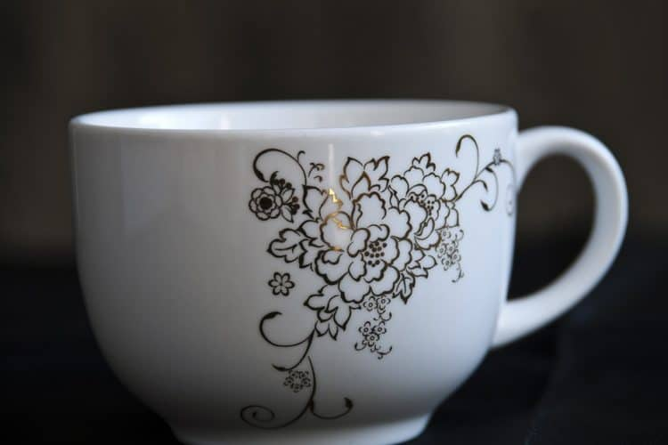 What is Bone China made of? & How to Identify Real Bone China?